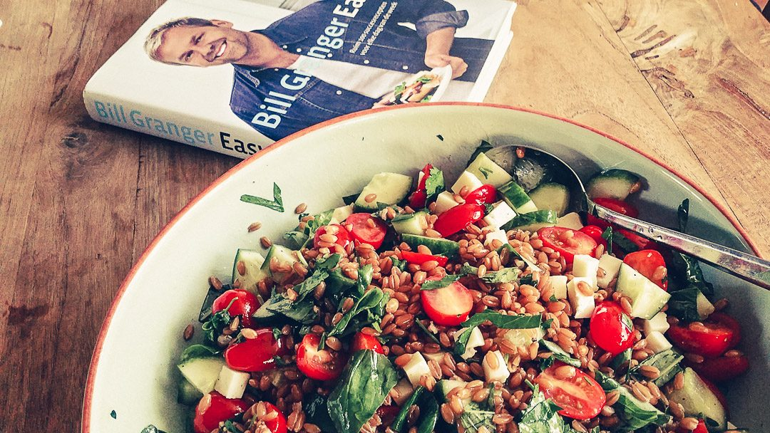 speltsalade met tomaat, basilicum en pecorino Bill Granger